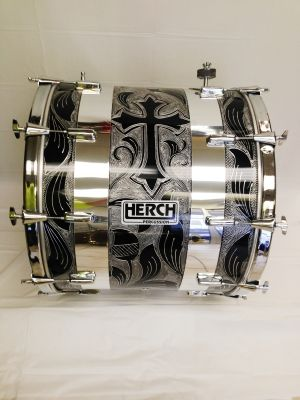 Herch - Tambora Black - Cross w/ 2 Chrome Strips